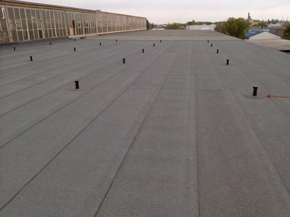 Komoly garanciával kínált tetőszigetelés.